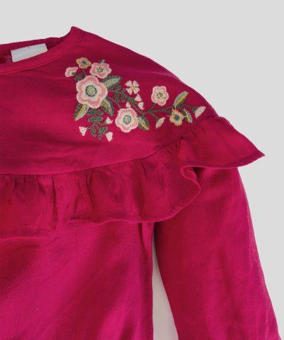 Блуза с дълъг ръкав и бродирани цветя