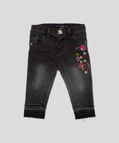1d6dfdb2281 бебешки и детски дънки с бродирани цветя за момиче