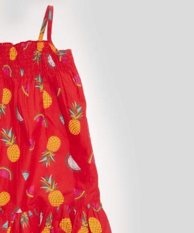 детска лятна рокля с тънки презрамки с плодове в червен цвят