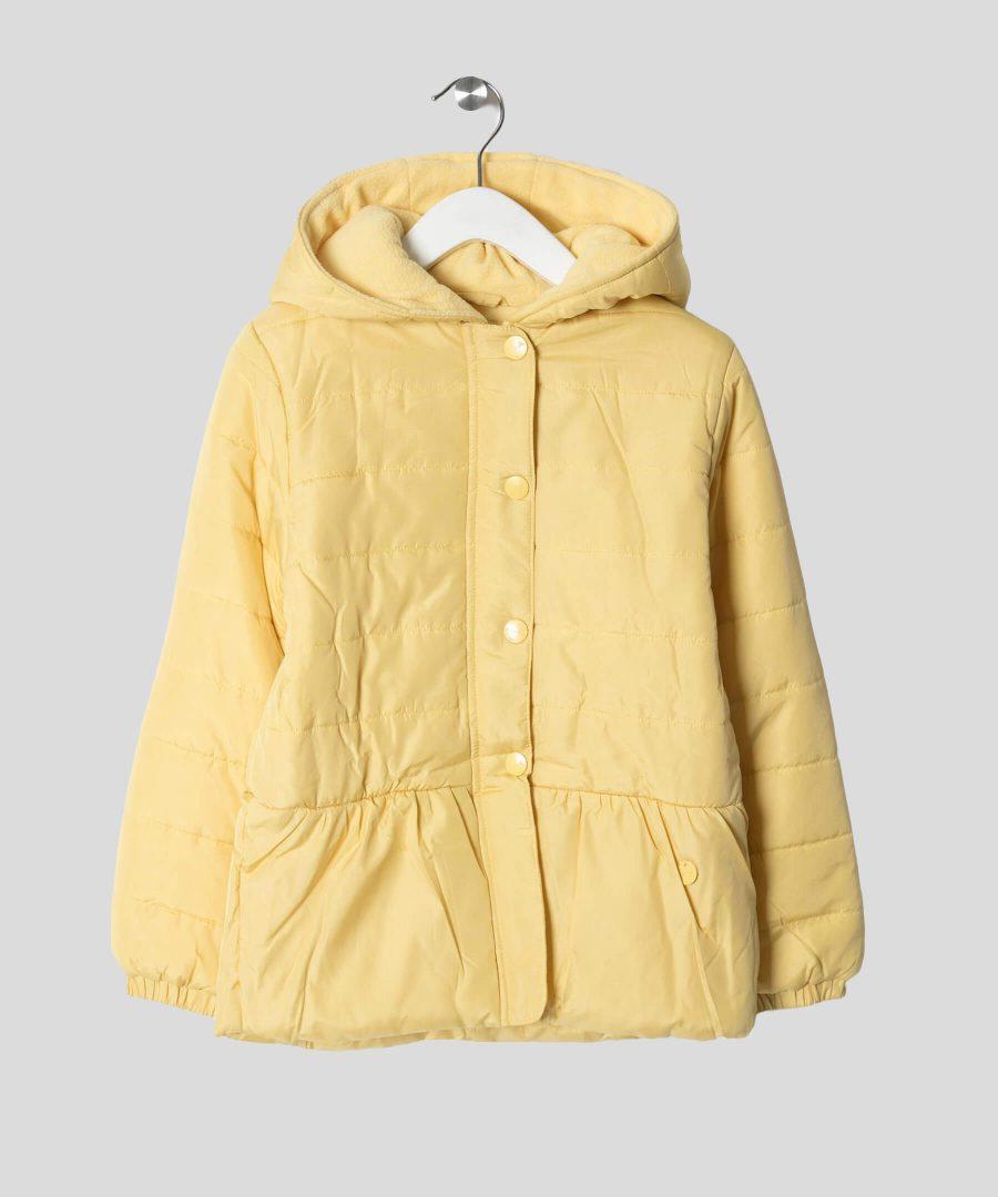 детско яке с качулка в жълт цвят за момиче