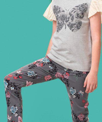 детски еластичен панталон с цветя в сив цвят