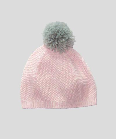 Плетен гащеризон с шапка