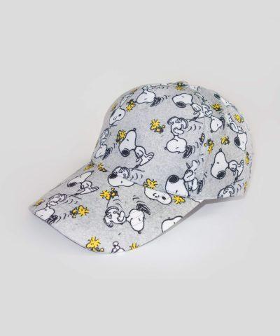 Шапка с козирка Snoopy