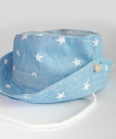 Детска шапка за слънце в син цвят от 100% памук