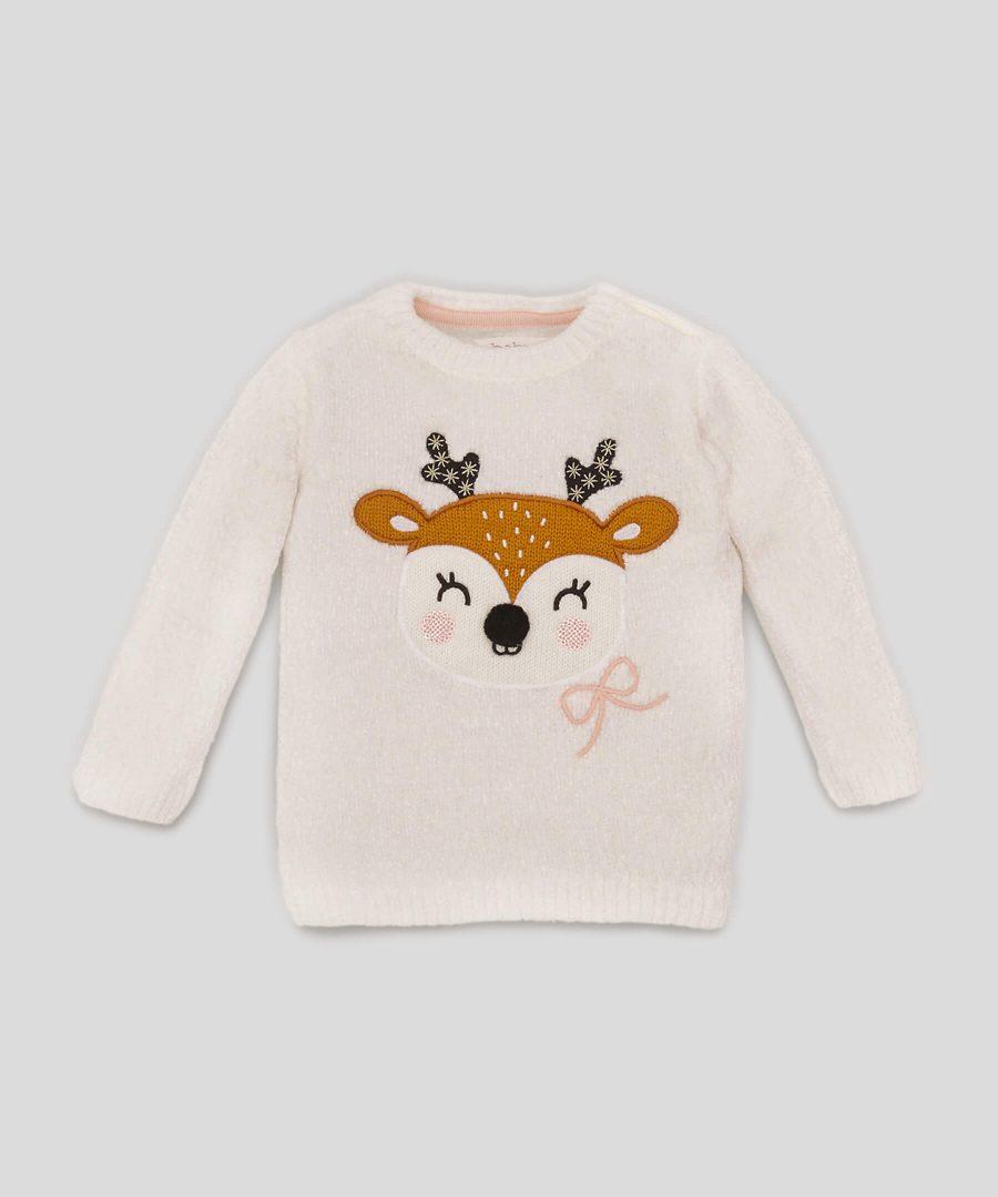 пуловер с еленче в бял цвят