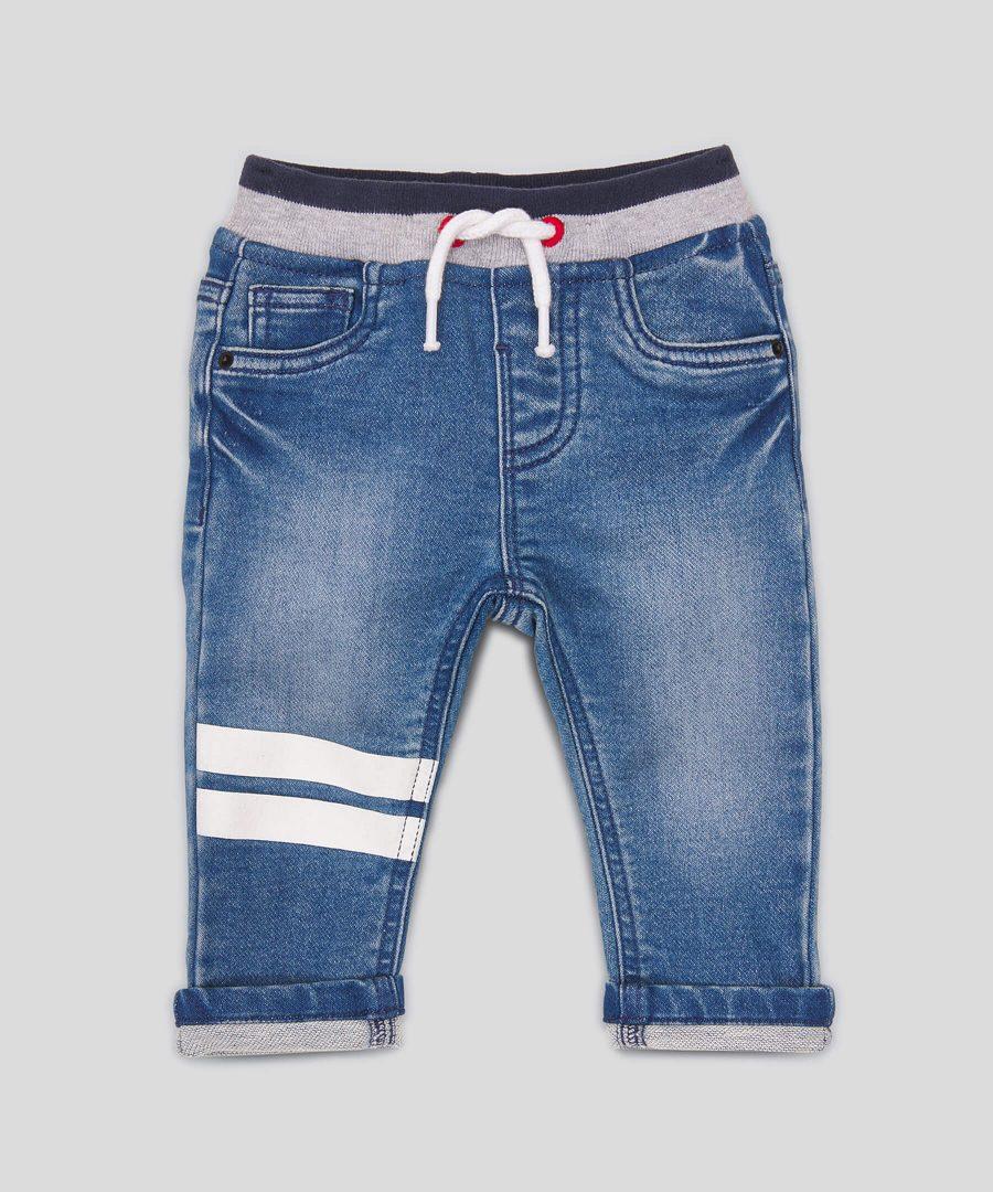 Еластични дънки в син цвят