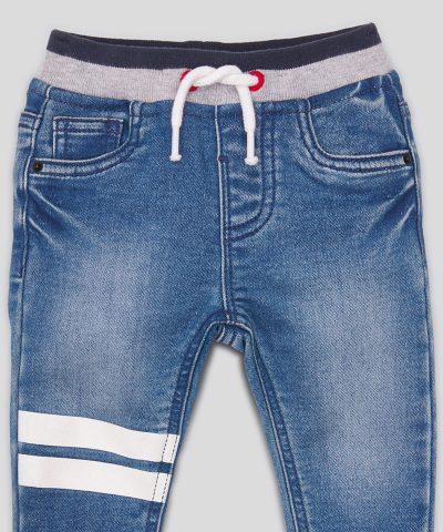 Еластични дънки в син цвят за момчета