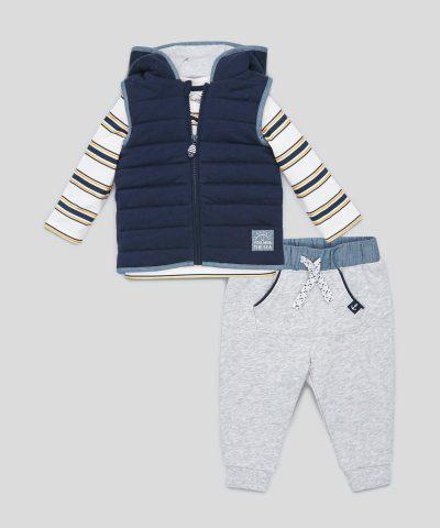 комплект от елек, блуза и панталони