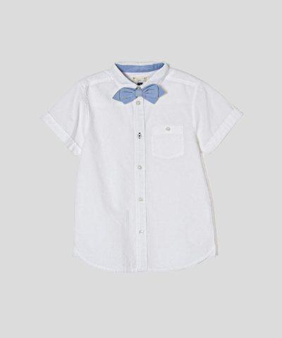 риза в бял цвят с папийонка