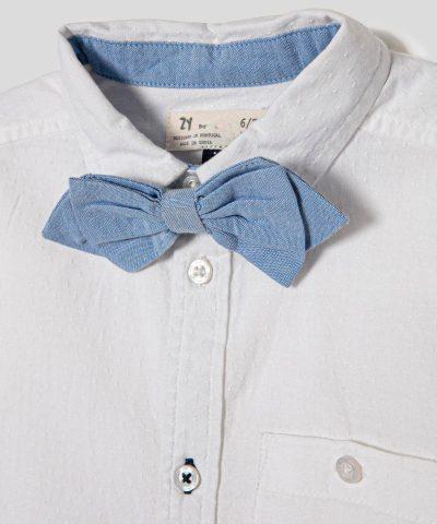 риза в бял цвят с папийонка за момче