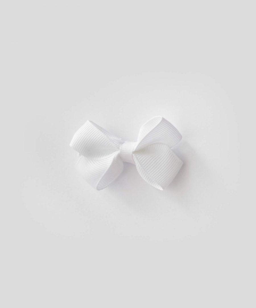 бебешка и детска шнола за коса в бял цвят с панделка