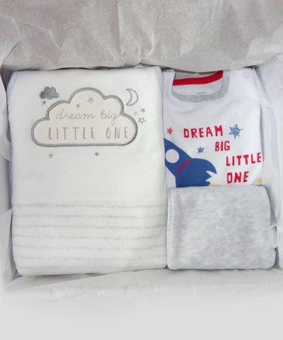 Подарък за новородено бебе момче Dream big little one